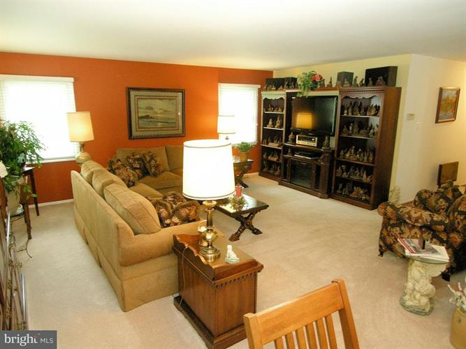 12214 Rolling Hill Lane, Bowie, MD - USA (photo 3)