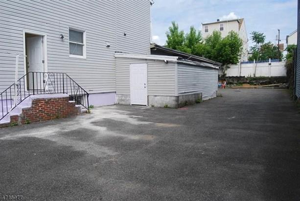 25-27 E 12th St, Paterson, NJ - USA (photo 2)