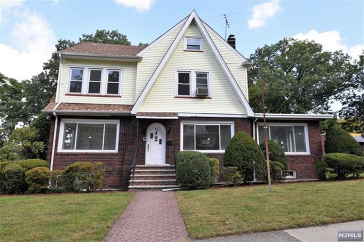 691 11th Ave, Paterson, NJ - USA (photo 1)