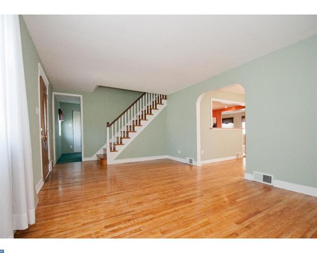 1502 Melrose Ave, Havertown, PA - USA (photo 2)