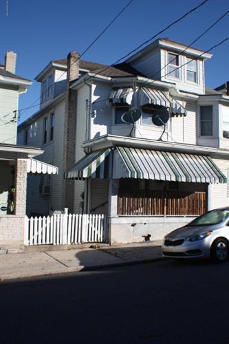 521 E Bertsch St, Lansford, PA - USA (photo 1)