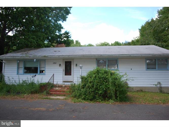 1351 Monmouth Road, Eastampton Township, NJ - USA (photo 1)