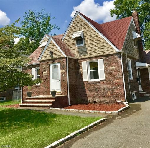 24 Iroquois Rd, Cranford, NJ - USA (photo 1)