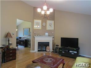 294 South Greenbush Road, Blauvelt, NY - USA (photo 2)