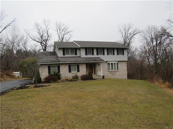 27 Chestnut Ridge Circle, Easton, PA - USA (photo 1)