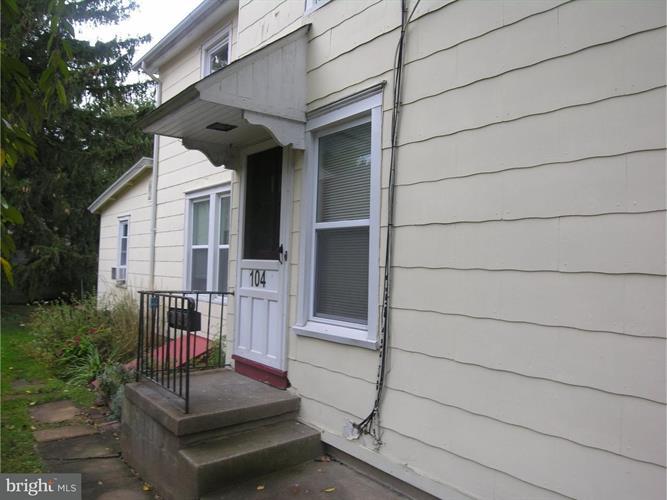 100,100-102 E Center Avenue, Newtown, PA - USA (photo 1)