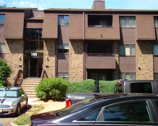 921 Woodmill Dr, East Windsor, NJ - USA (photo 1)