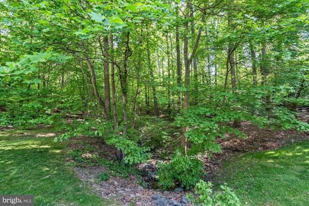 8483 Falling Leaf Road, Springfield, VA - USA (photo 2)