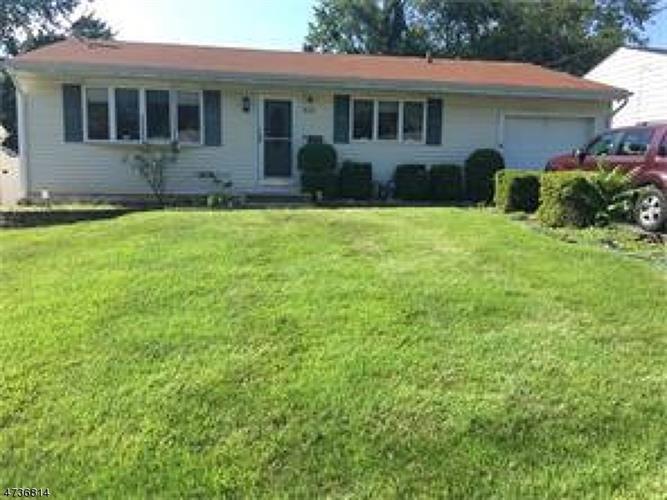43 Buttonwood Dr, Sayreville, NJ - USA (photo 1)