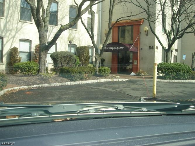54 54 W Cherry St 208, Rahway, NJ - USA (photo 1)