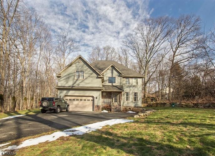 412 Drakestown Rd, Mount Olive, NJ - USA (photo 1)
