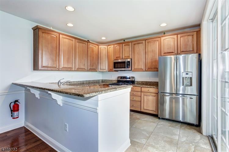 368 Victoria Dr 368, Bridgewater, NJ - USA (photo 5)
