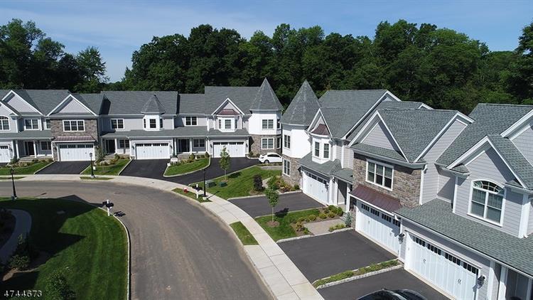 9 Park View Dr, Warren, NJ - USA (photo 1)