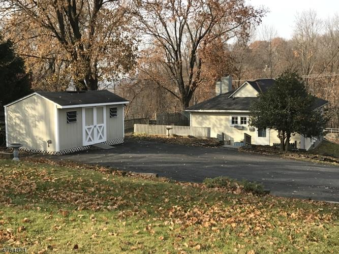 29 Cottage St, Lambertville, NJ - USA (photo 1)