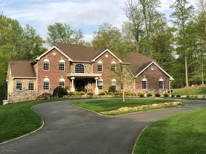 12 Lourdes Ct, Andover, NJ - USA (photo 2)