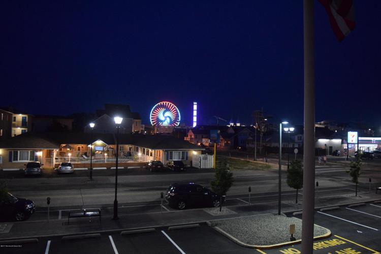 1019 Boulevard B13, Seaside Heights, NJ - USA (photo 1)