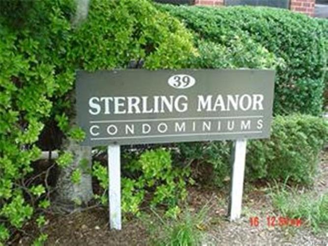 39 Sterling Avenue 16, White Plains, NY - USA (photo 2)