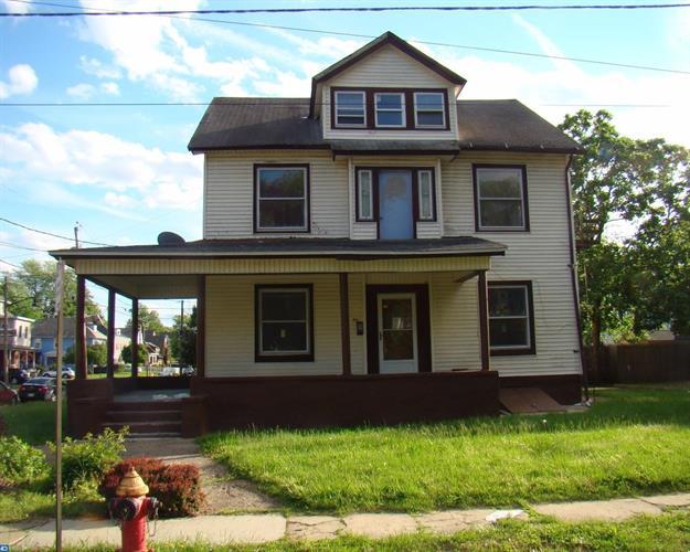 901 Edgewood Ave, Trenton, NJ - USA (photo 1)