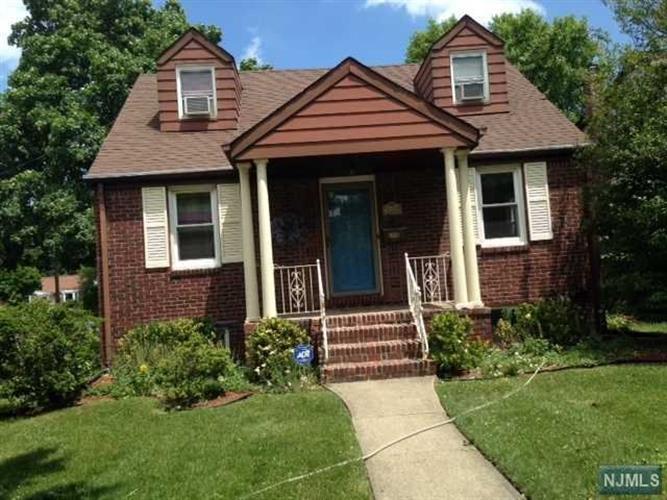 3-33 Cyril Ave, Fair Lawn, NJ - USA (photo 1)
