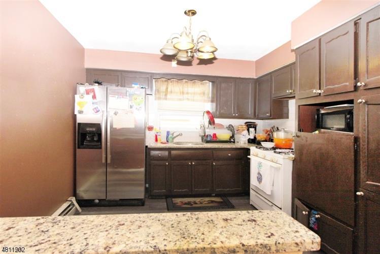 831 Secaucus Rd, Jersey City, NJ - USA (photo 3)