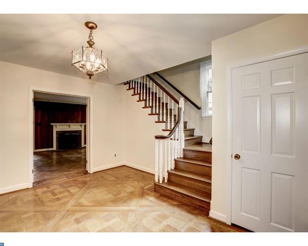 654 Limehouse Rd, Wayne, PA - USA (photo 4)