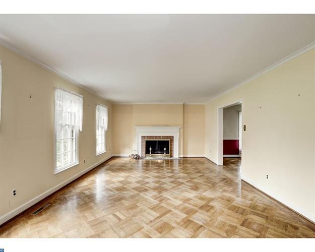 654 Limehouse Rd, Wayne, PA - USA (photo 5)