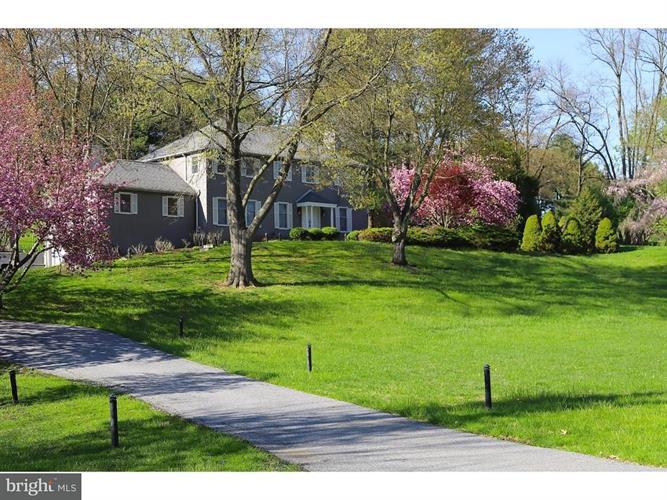 2 Fern Hill Road, Kennett Square, PA - USA (photo 1)