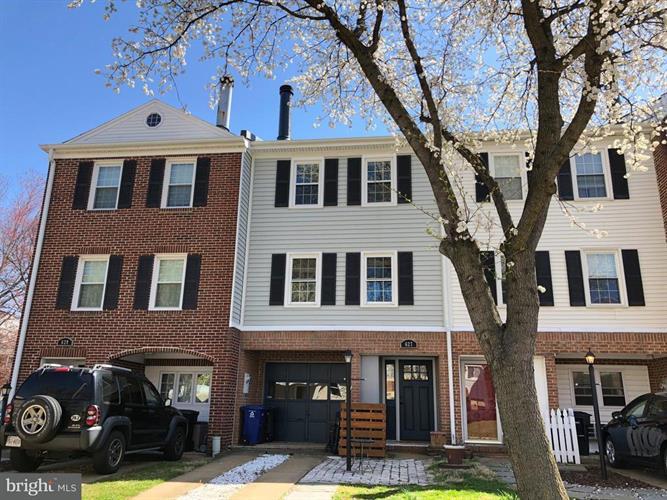 627 Piedmont Street, Arlington, VA - USA (photo 1)