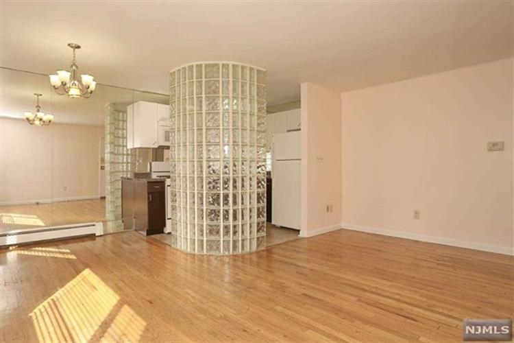7000 Cottage Ave A107, North Bergen, NJ - USA (photo 4)