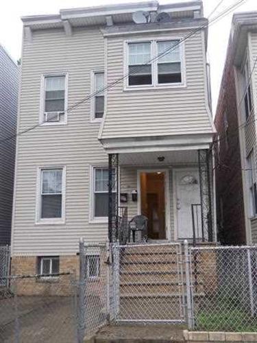 96 Warner Ave, Jersey City, NJ - USA (photo 1)