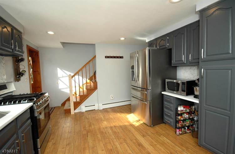 23 Earl Pl, New Providence, NJ - USA (photo 5)