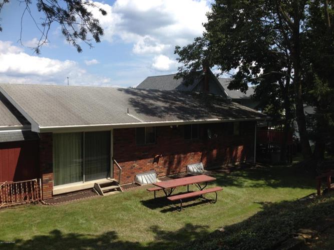 622 Shawnee St, Roseto, PA - USA (photo 2)