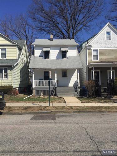 194 Clay Street, Hackensack, NJ - USA (photo 2)