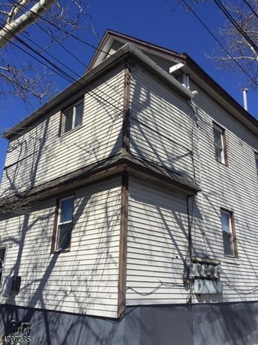 501 Magnolia Ave, Elizabeth, NJ - USA (photo 2)