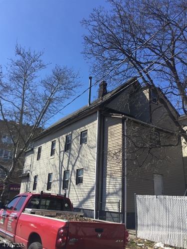 501 Magnolia Ave, Elizabeth, NJ - USA (photo 3)