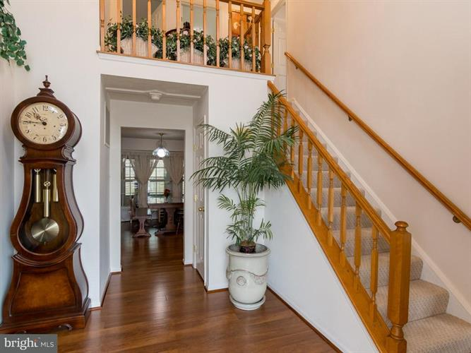 12209 Stanfield Court, Bowie, MD - USA (photo 2)