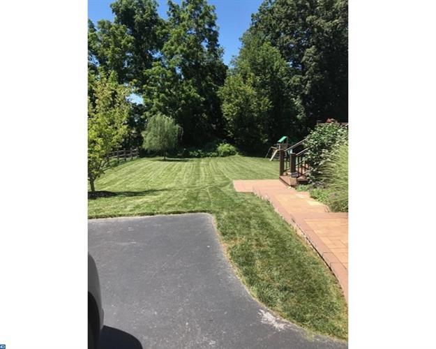 422 Dartmouth Ln, West Grove, PA - USA (photo 4)