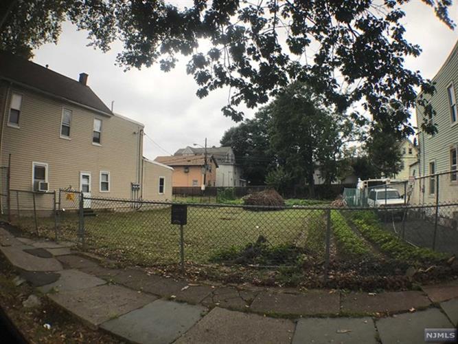 181 N Park St, East Orange, NJ - USA (photo 3)