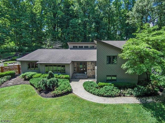 27 Chester Woods Dr, Chester, NJ - USA (photo 1)
