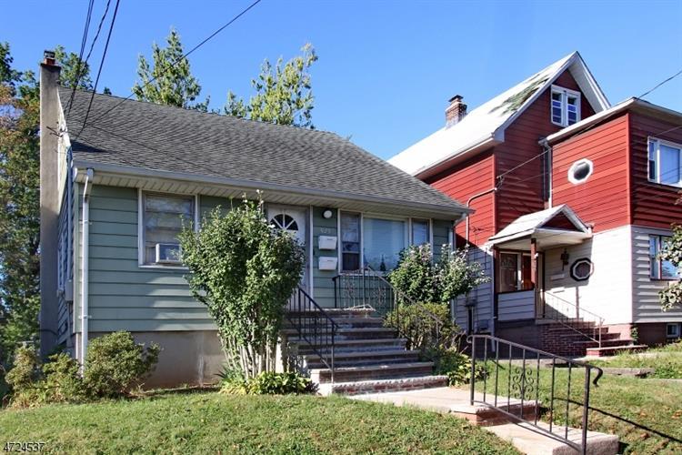 525 Maple Ave, Linden, NJ - USA (photo 3)
