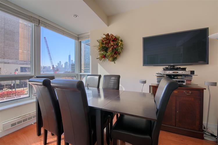 20 Newport Parkway, Unit 315 315, Jersey City, NJ - USA (photo 2)