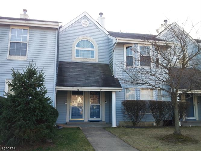 47 Tanglewood Ct 47, South Brunswick, NJ - USA (photo 1)