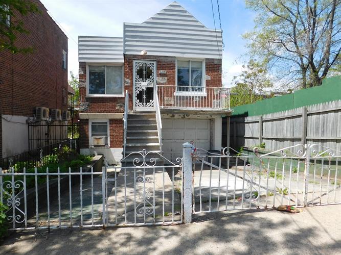 3215 Pearsall Ave, Bronx, NY - USA (photo 1)