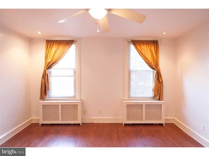 1326 S Broad Street 3r, Philadelphia, PA - USA (photo 1)
