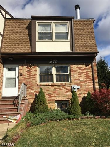 70 Tudor Pl, Mount Olive, NJ - USA (photo 2)