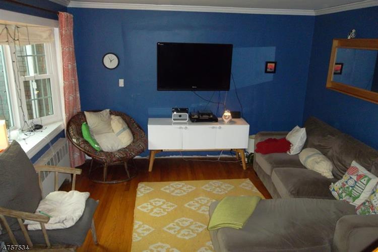 307 E Linden Ave, Linden, NJ - USA (photo 2)