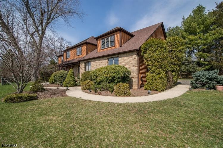 105 Fairview Dr, Bedminster, NJ - USA (photo 2)