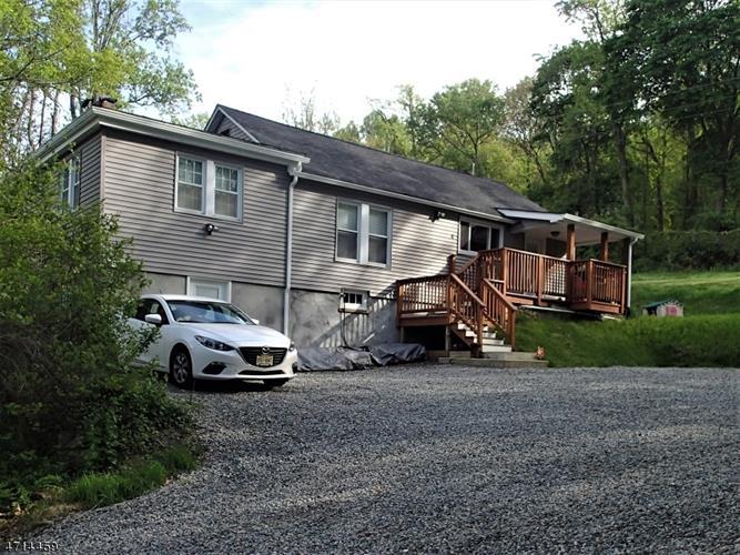 4 Prospect Hill Rd, Glen Gardner, NJ - USA (photo 1)