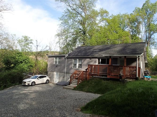 4 Prospect Hill Rd, Glen Gardner, NJ - USA (photo 2)