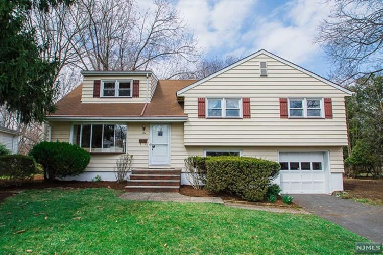 154 Chadwick Place, Glen Rock, NJ - USA (photo 1)